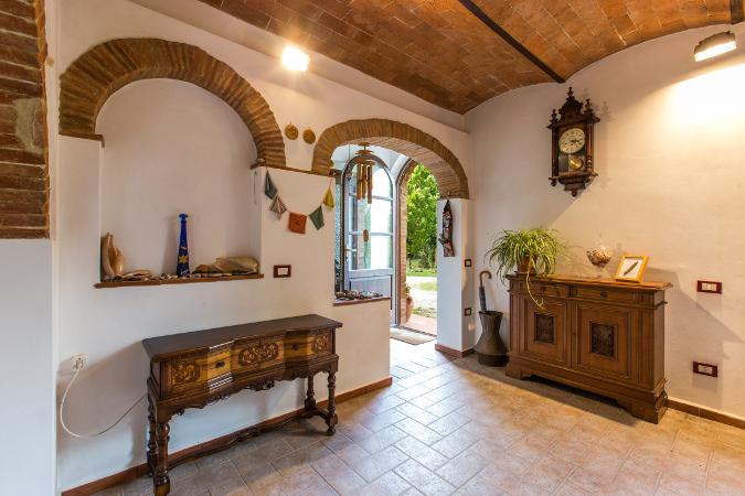 Casale ristrutturato in stile toscano 190 mq assoluta for Case lussuose interni